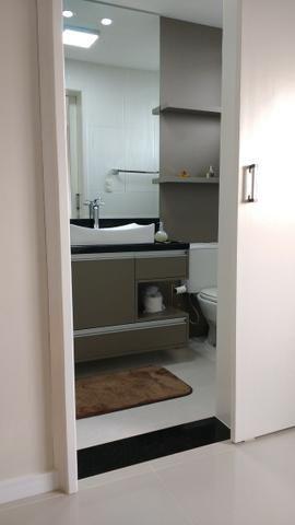 Excelente Apto, ültimo andar, peças amplas, ótimo p/ adequação dos móveis, semi-mobiliado - Foto 16