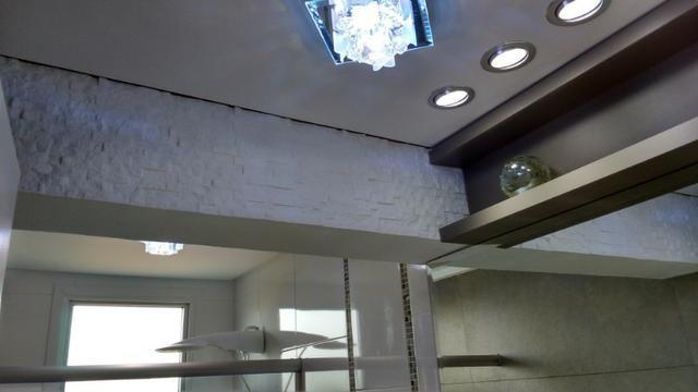 Excelente Apto, ültimo andar, peças amplas, ótimo p/ adequação dos móveis, semi-mobiliado - Foto 6