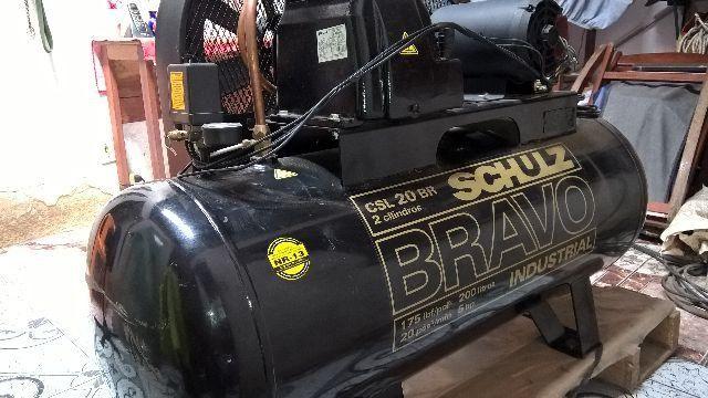 Compressor De ar industrial Schulz Bravo