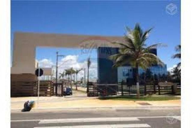 Excelente lote no condomínio Lago Paranoá, próximo a praia e o rio, com uma área be...