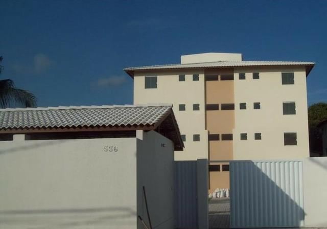 Apartamento com 2/4 em Pitangueiras