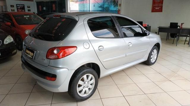Peugeot 207 XR (2009) Completo - Foto 6
