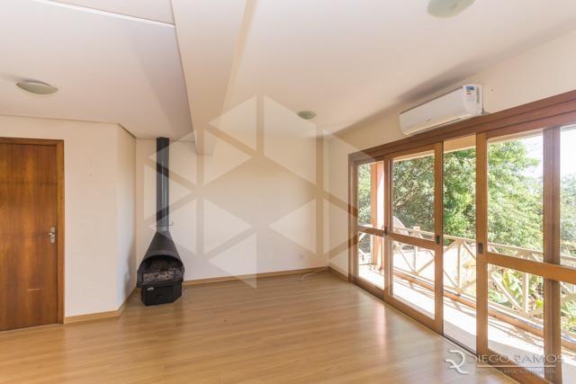 Casa de condomínio para alugar com 3 dormitórios em , cod:I-019062