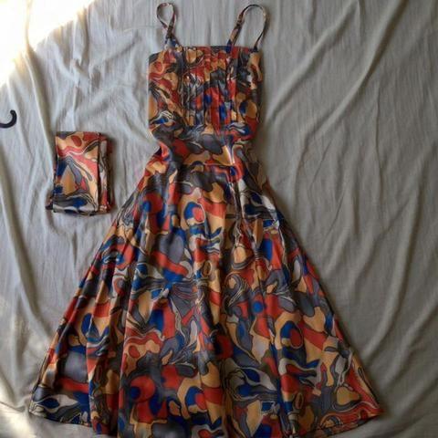 Vestido de cetim - Foto 2