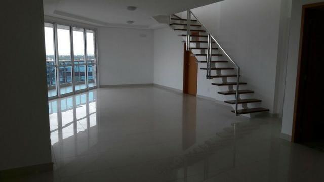 Residencial Bellagio Apto Cobertura Linear de 300m² com 5 Suítes