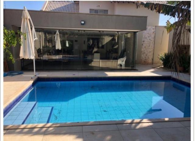8445 | Sobrado à venda com 4 quartos em PORTAL DE DOURADOS, Dourados