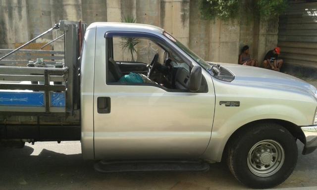 F250 99 diesel vendo ou troco em carro - Foto 5
