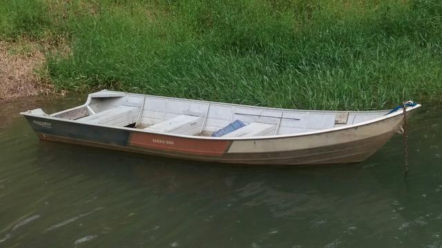 Conjunto barco com motor 15Hp