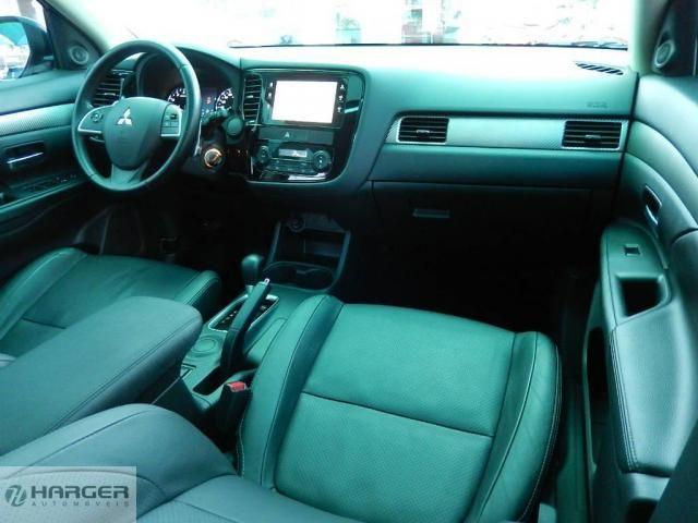 Mitsubishi Outlander 2.0 - Foto 6