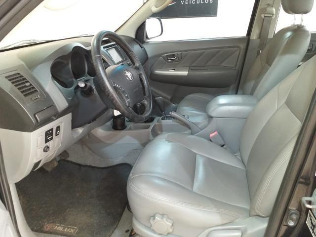 Hilux SRV 4X4 3.0 (cab dupla) (aut) - Foto 9