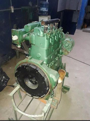 Motor mwm 229 3 cilindros 45 HP