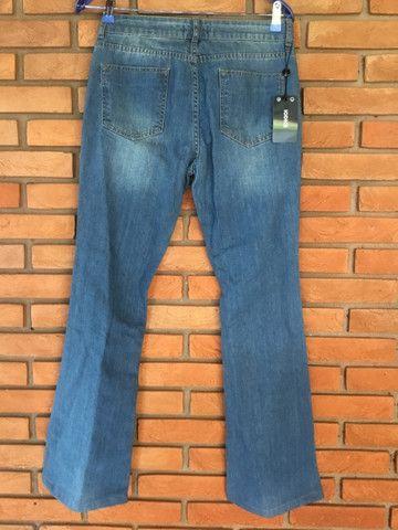 Calça jeans flare iodide novinha!! - Foto 3