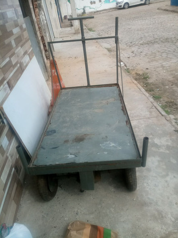 Carrinho 4 rodas para vendas