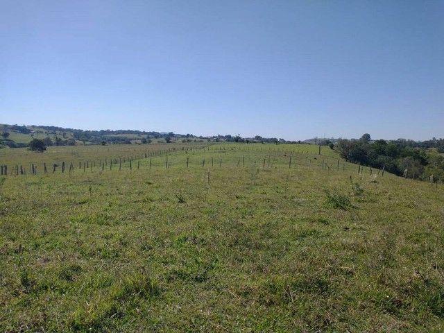 Sitio ou Terreno com 48.400 m² em Área Rural - Porangaba - SP  2 Aqueires com Rio - Foto 3