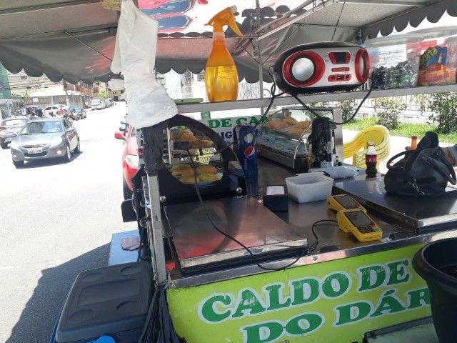 vendo reboque de caldo de cana  e carrinho de churrasco barato - Foto 6