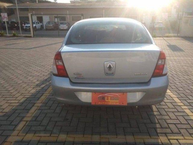 Renault Clio Sedan 1.0 - Foto 5