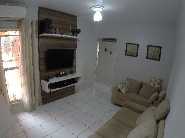 Vende-se apartamento com 02 quartos no Res. Morada do Ipê na 308 sul