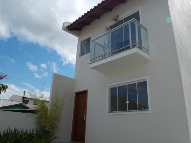 Sobrado com 2 dormitórios à venda, 66 m² por R$ 205.000 - Madri - Palhoça/SC