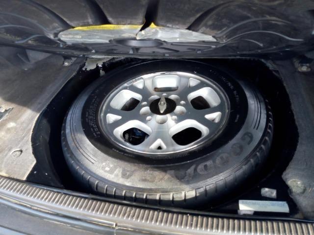 Jeep Grand Cherokee laredo 4.0 6cc linha 4x4 gnv e gasolina - Foto 13