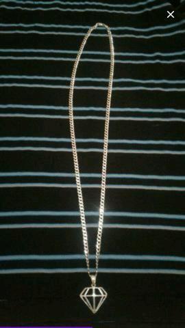 Cordão de prata escama com pingente