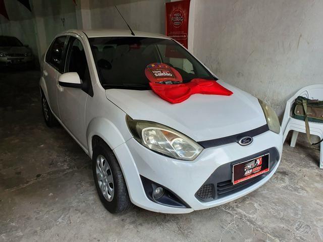 Fiesta Sedan 2013 1.6 0.000 de entrada Aércio Veículos