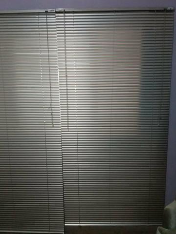 6 persianas semi nova cor prata - Foto 2