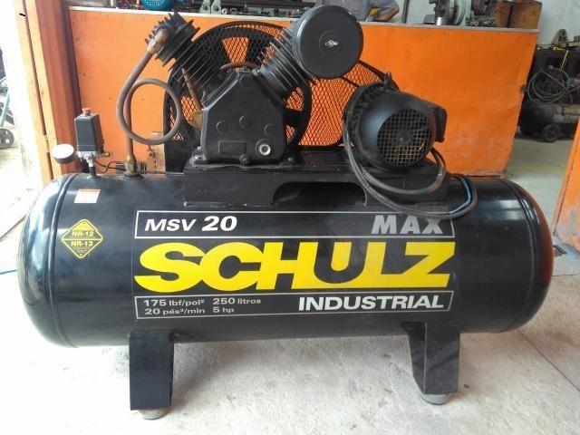 Compressor industrial novo