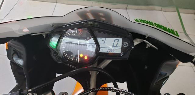 Vendo r3 ano 2018 com 2066 km rodado - Foto 2