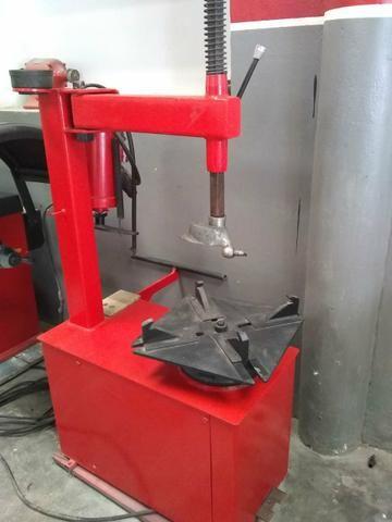 Balanceadora motorizada/ Desmontadora pneumática - Foto 6