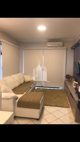 Apartamento 02 dormitórios no columbus tower quadra do mar com vista com a av. brasil ! - Foto 4
