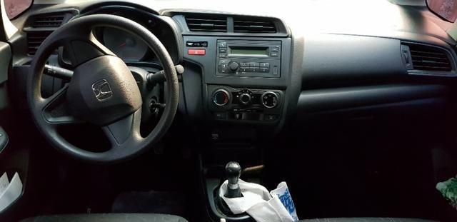 Honda Fit LX único dono todas revisões na Honda apenas 30mil km - Foto 9