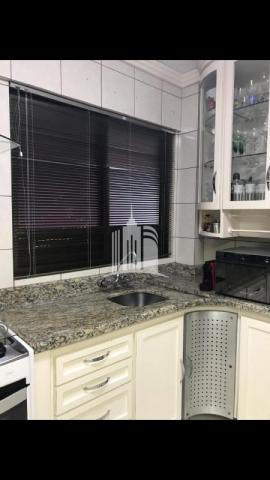 Apartamento 02 dormitórios no columbus tower quadra do mar com vista com a av. brasil ! - Foto 6
