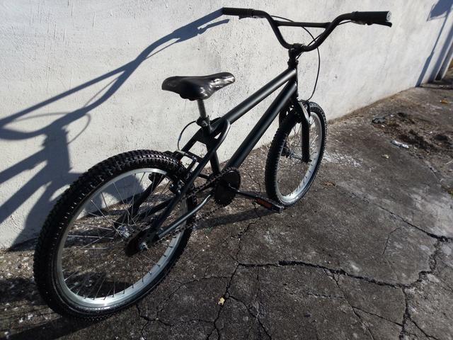 Bicicleta bmx aro 20 - Foto 3