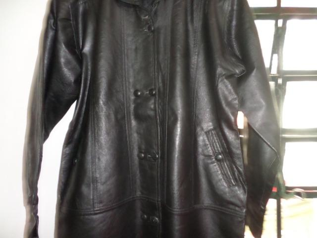 [ novo ] Casaco de couro puro,comum para mulheres ou homens,em santa Isabel !! - Foto 4