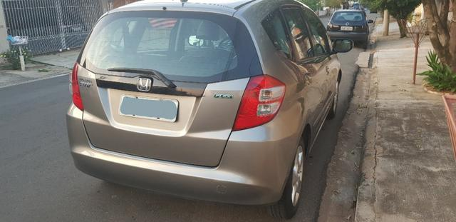 Honda Fit LXL 2010 - ipva total pago - Foto 9