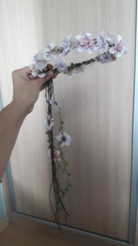 Coroa com Flores Artificiais - Foto 2