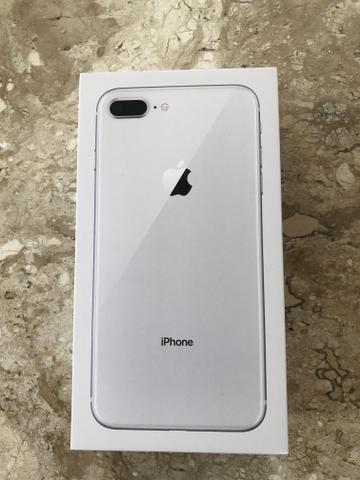 IPhone 8 Plus 64gb Prata 2 anos de garantia