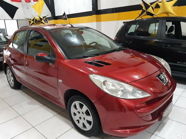 Peugeot / 207 XR Hatch 1.4 - 2010 - Foto 4