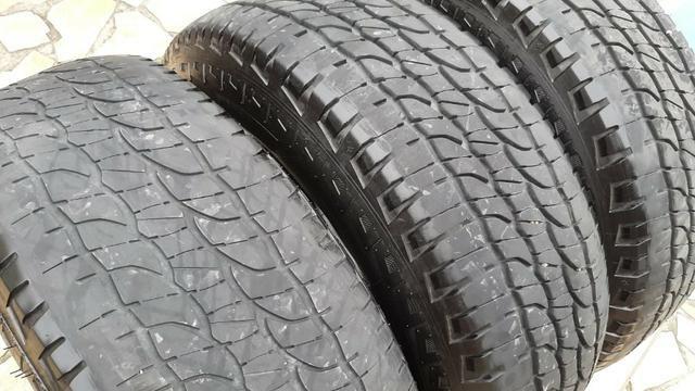 3 Pneus Michelin - Total Performance - 265/65 R17