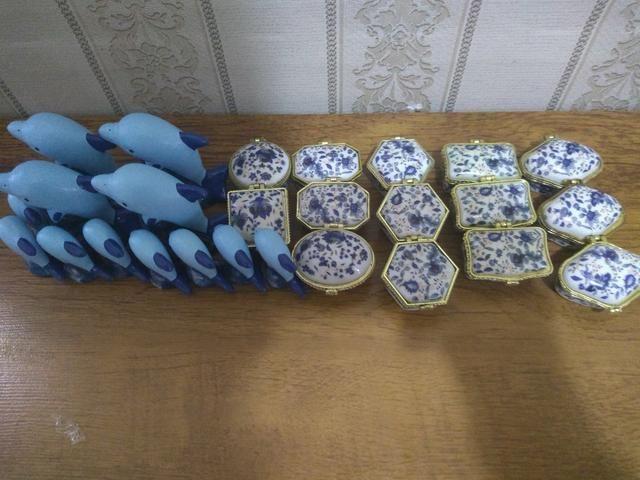 26 Mini enfeites de ceramica
