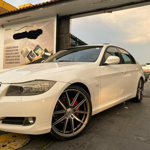 BMW 320i 09/10