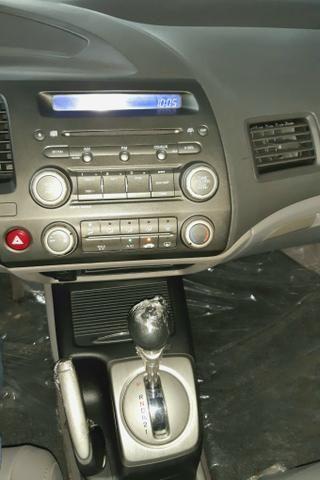 Honda Civic 1.8 LXS, Automático, 09/10 - Foto 5