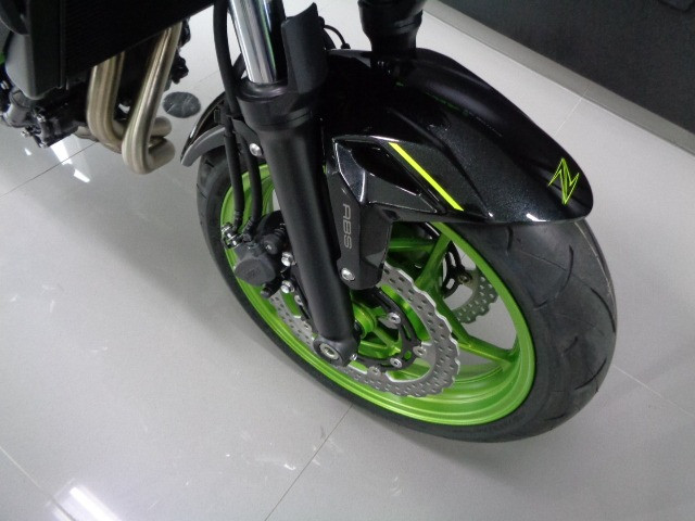 Kawasaki Z 650 ABS Preta 2021 - Foto 9