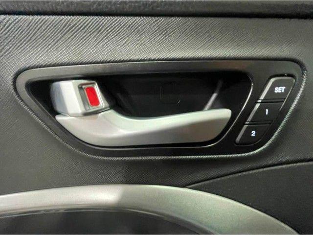 Hyundai Santa Fé GLS 3.3V6 *Teto Panorâmico, Interior Terra Cota, 4X4, 7Lugares* - Foto 16