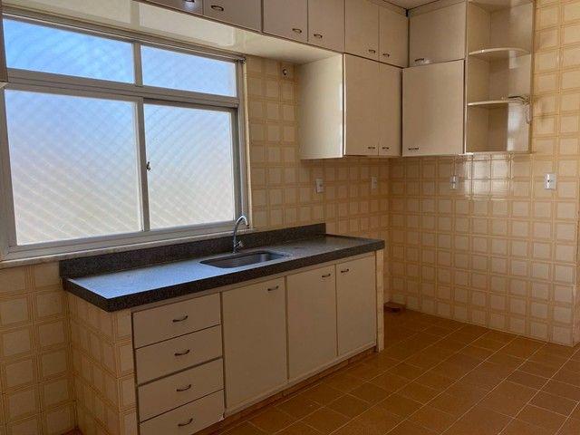 Apartamento com 3 quartos no Residencial Francine - Bairro Setor Oeste em Goiânia - Foto 7