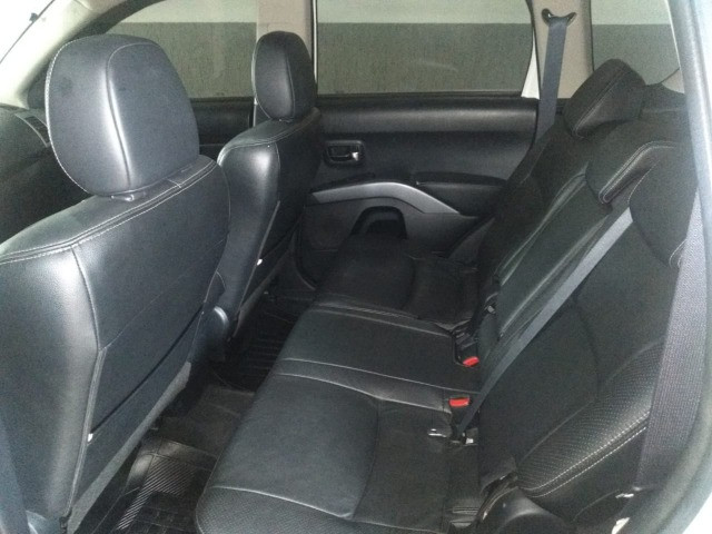 Mitsubishi Outlander 2.0 16v 160cv aut - Foto 6