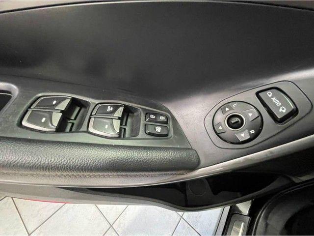Hyundai Santa Fé GLS 3.3V6 *Teto Panorâmico, Interior Terra Cota, 4X4, 7Lugares* - Foto 18