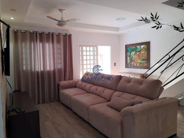 Sobrado com 3 dormitórios à venda, 226 m² por R$ 480.000,00 - Parque Residencial Tropical  - Foto 2