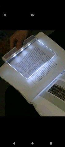 Vende-se tablet de leitura.
