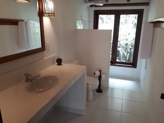 RE/MAX Safira aluga casa para temporada em área de preservação, em Trancoso - BA - Foto 12